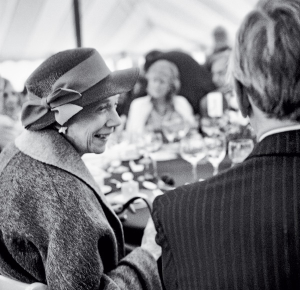 Brooke Astor and Arthur Schlesinger, Jr., at a lunch for the American Academy of Arts and Letters, New York (May 18, 1983)