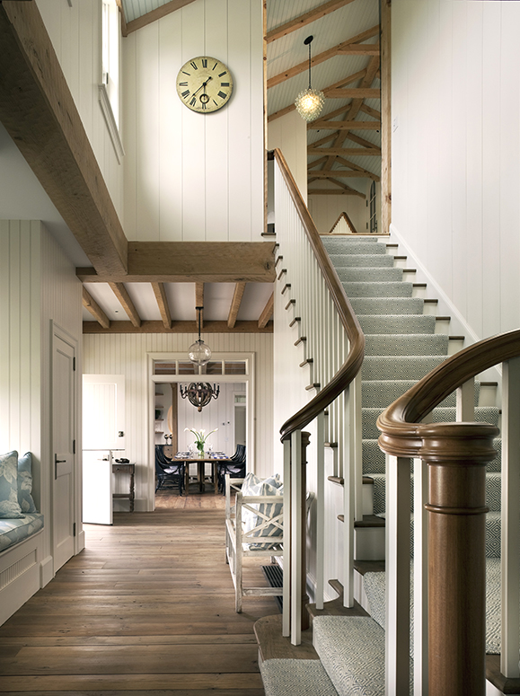 04-Stairs-and-Hall
