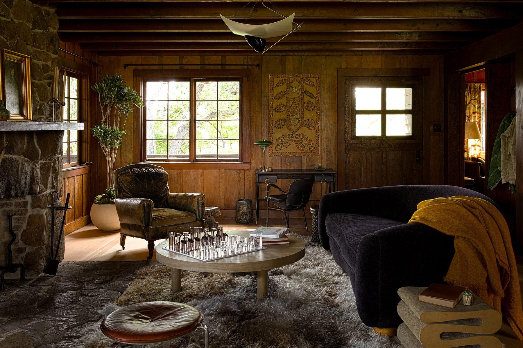 family room by Studio Shamshiri