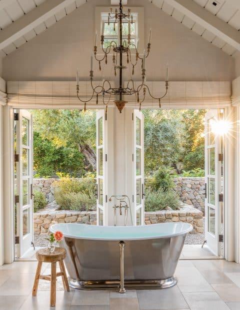 Ojai master bath by Scott Shrader
