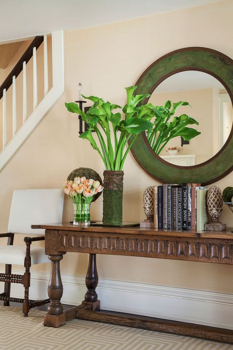 Charlotte Barnes Interiors Federal-Style House Entryway