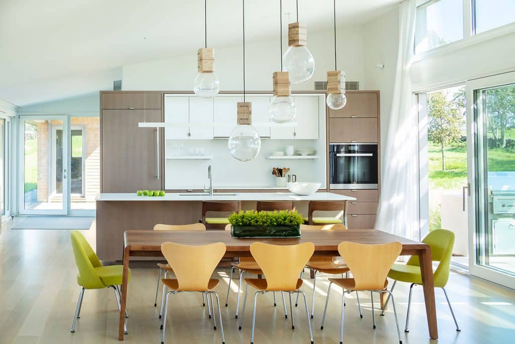 Jim Estes Peter Twombly Estes Twombly architects Narragansett Bay Rhode Island kitchen dining